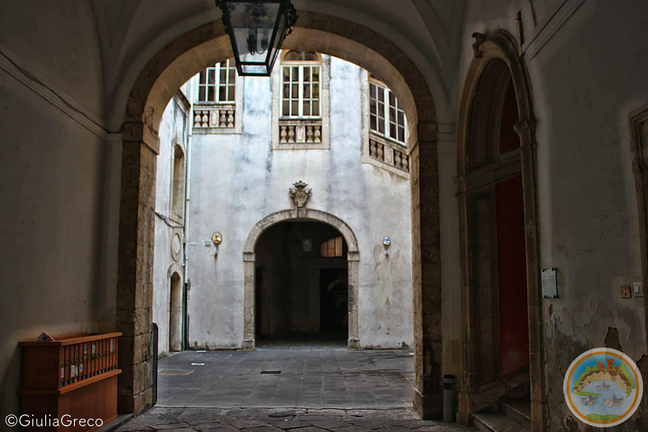 Palazzo Calapaj d'Alcontres: come viveva un nobile del 700?