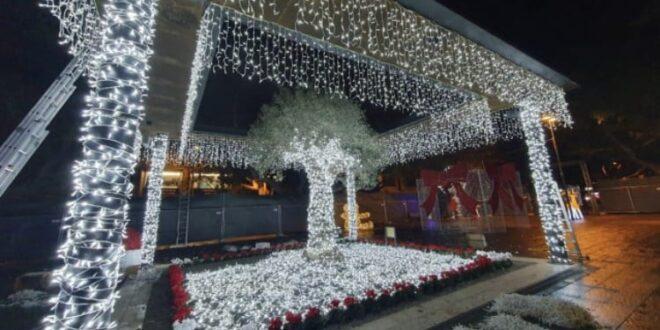 Destino indeciso per il giardino delle luci a Piazza Cairoli: chiude e riapre nello stesso giorno